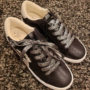 Time and Tru fashion sneakers